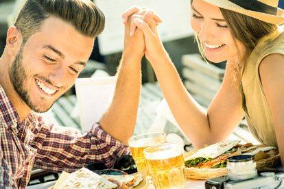 Los mejores signos para una relación seria con Escorpio
